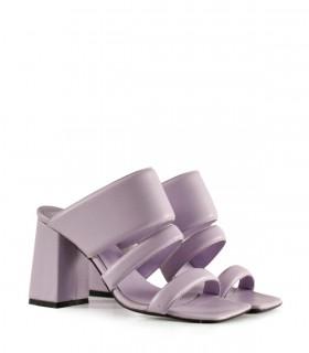 Sandalias de cuero en lila