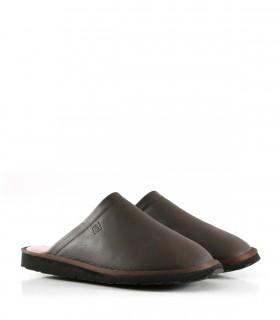 Pantuflas de cuero en marrón