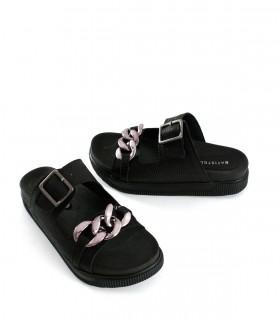 Sandalias bajas de cuero negro