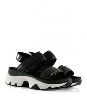 Sandalias base combinada de cuero en negro