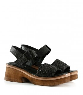 Sandalias trenzadas de cuero en negro