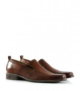 Zapatos urbanos en cuero picado habano