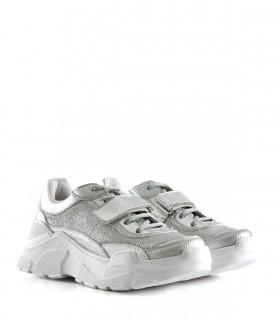 Zapatillas combinadas en símil plata