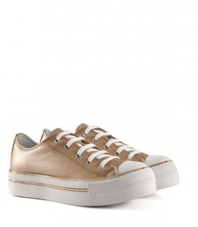 Zapatillas metalizadas de símil en oro