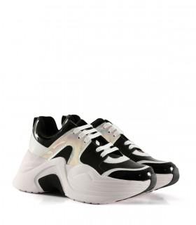 Zapatillas urbanas con recortes en negro/blanco