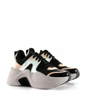Zapatillas urbanas con recortes en negro/nude
