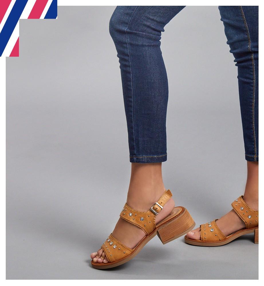 Zapatos y accesorios de mujer